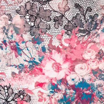 Voile mousseline imprimé résille florale rose