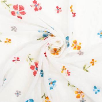 Voile plumetis blanc broderies fleurs des champs