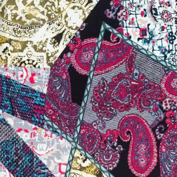 Jersey viscose motif Jammu-Cachemire framboise