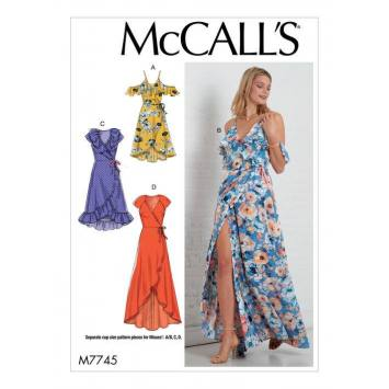 Patron McCall's M77445 : Robes 42-50