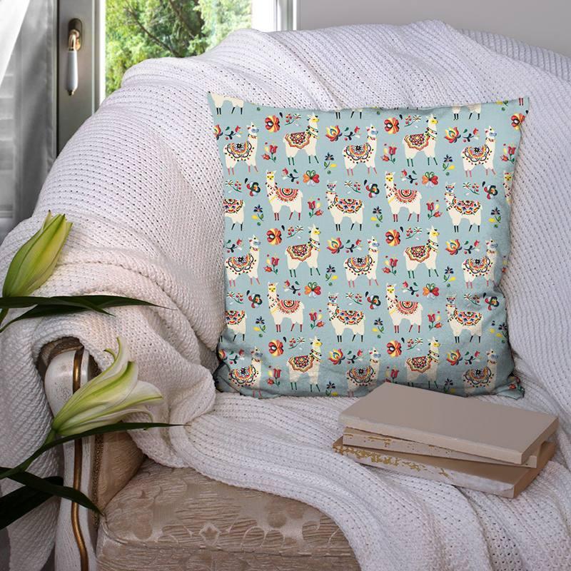 Coton bleu ciel motif lama fleuri