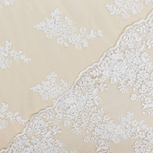 Résille extensible blanche à fleurs brodées