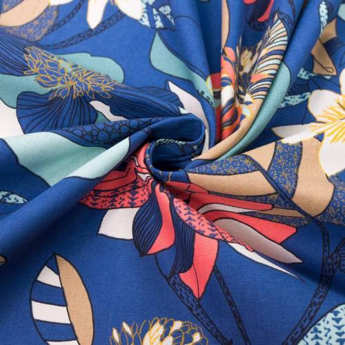 Toile coton bleue imprimée fleur et feuille echinops