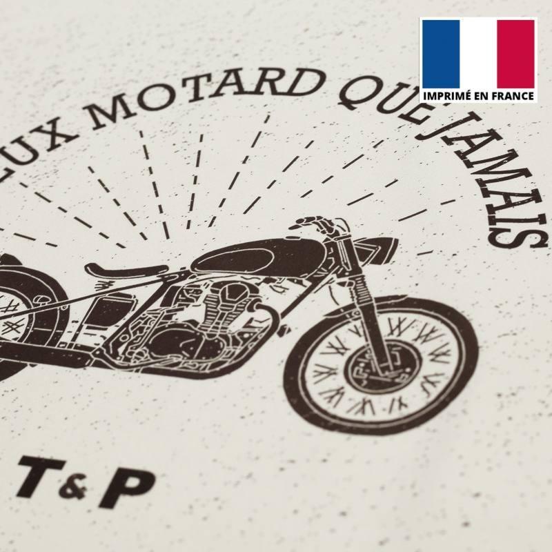 Coupon de velours ras motif vieux motard 86x44cm