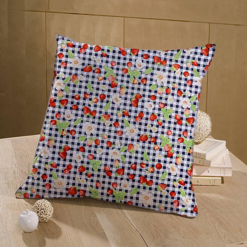 Coton à carreaux blanc et bleu marine imprimé fruits rouges