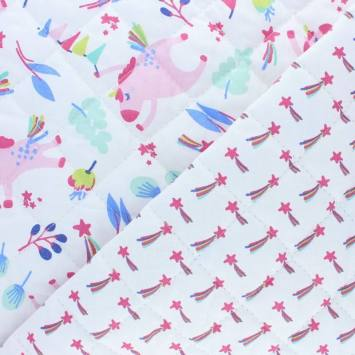 Tissu matelassé enfant réversible motif licorne et étoile filante