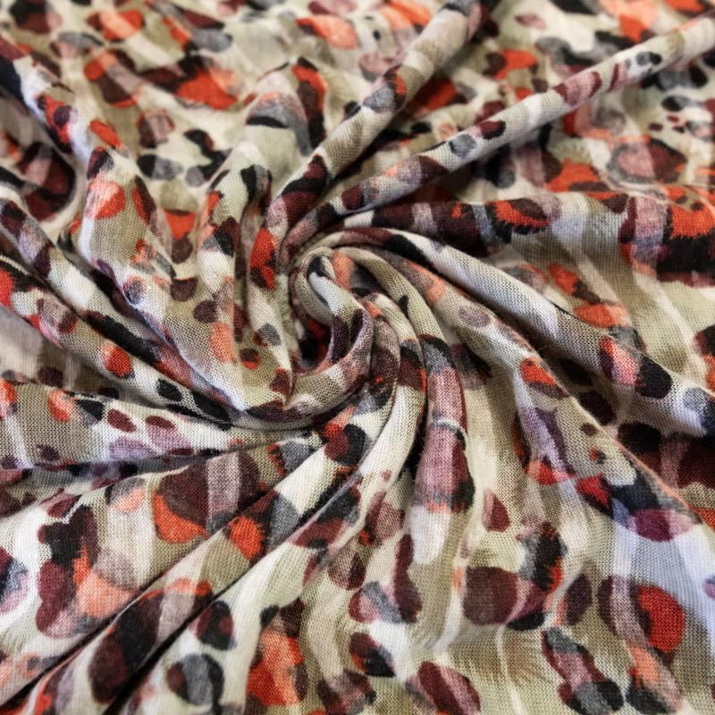 Jersey léger écru effet léopard bordeaux
