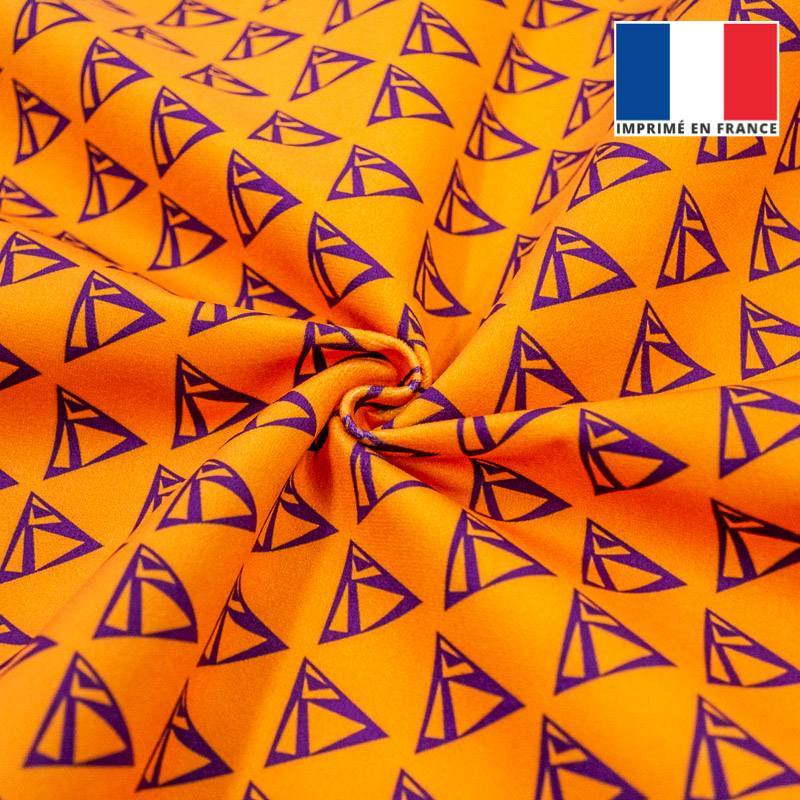 Velours ras orange imprimé triangle violet