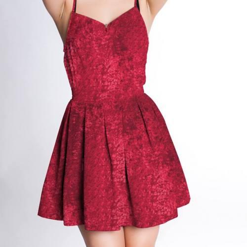 Robe panne de velours rouge carmin