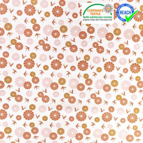 Coton écru motif fleurs et hirondelles terracotta et ocre