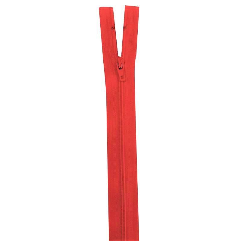 Fermeture rouge groseille 18 cm non séparable col 820