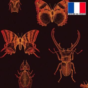 Tissu occultant marron foncé motif insectes orange sanguine