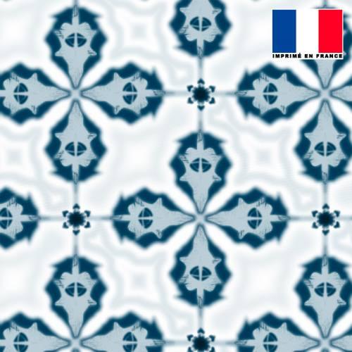 Mousseline crêpe écrue motif shibori bleu