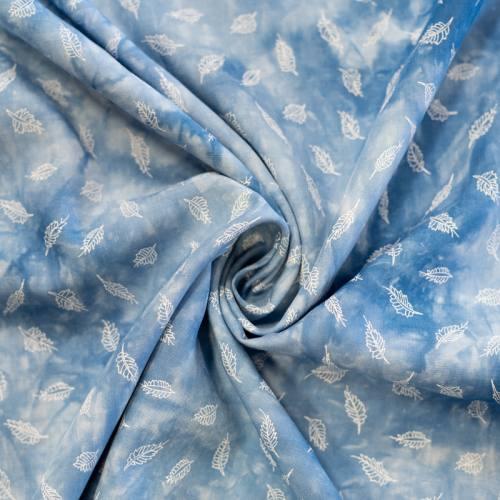 Tissu viscose tie and dye bleu imprimé feuille