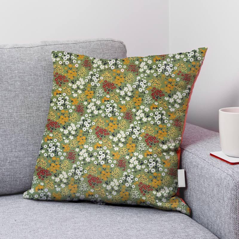 Coton vert mousse motif champs fleuri