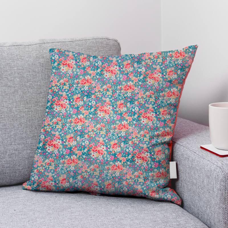 Coton bleu motif petites fleurs roses