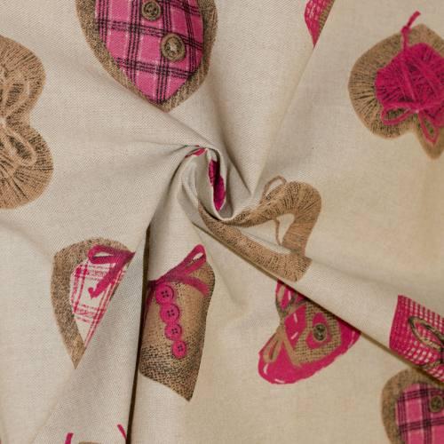Toile polycoton beige motif coeur rose et marron