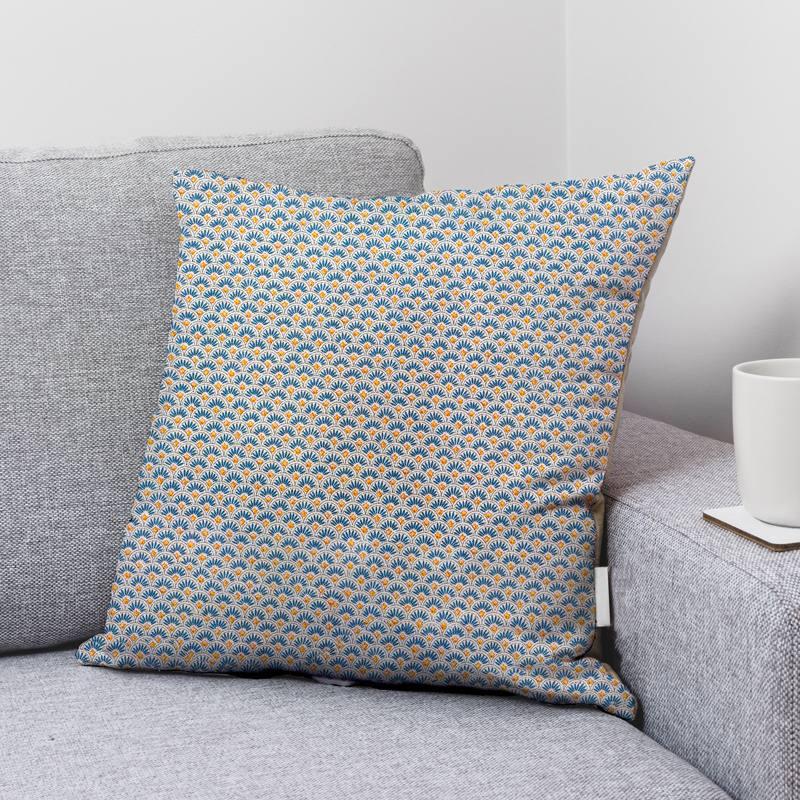 Coton écru motif baucaire écailles bleu