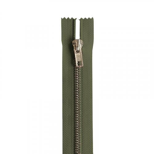 Fermeture vert anglais en métal argent 18 cm col 120