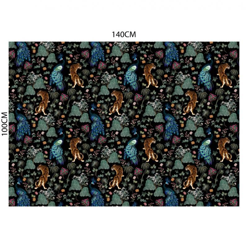 Velours ras noir motif tiger japonais