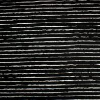 Jersey noir motif bande blanche