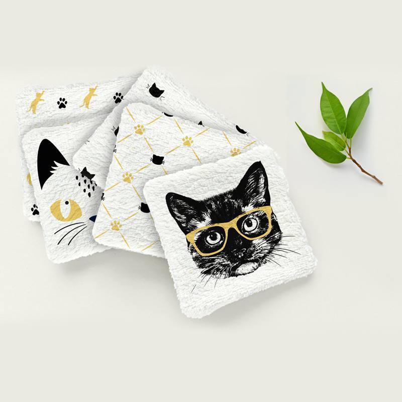 Coupon éponge pour lingettes démaquillantes motif chat