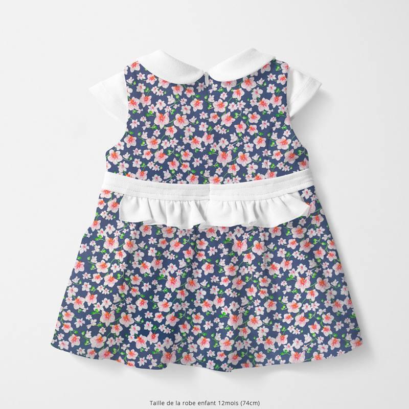 Popeline de coton bleu marine motif bouquet rose Oeko-tex