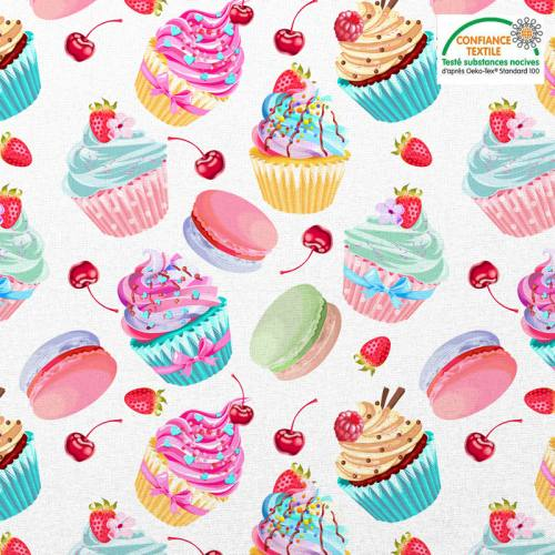 Coton blanc motif cupcake et macaron Oeko-tex
