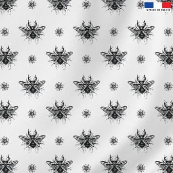 Velours ras blanc motif papillon scarabée - Création LAB6