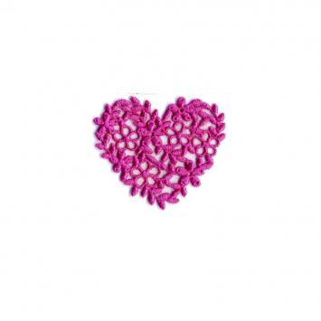 Écusson coeur broderie rose bonbon