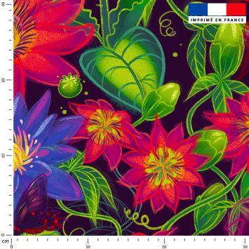 Flowers rouges - Fond noir - Création Pilar Berrio
