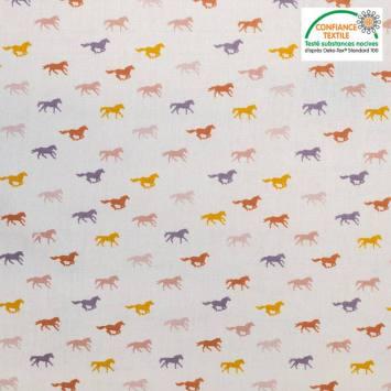 Popeline de coton blanche motif chevaux Oeko-tex