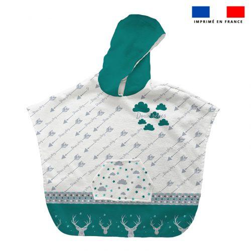 Patron imprimé sur tissu éponge pour poncho de bain motif cerf