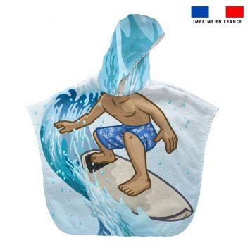 Patron imprimé sur tissu éponge pour poncho de bain motif surfeur