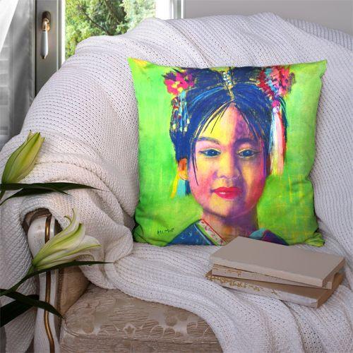 Coupon 45x45 cm motif petite fille en tenue traditionnelle - Création Mimie