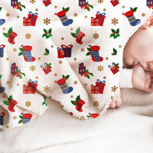 Polaire blanche motif bottes et cadeaux de Noel
