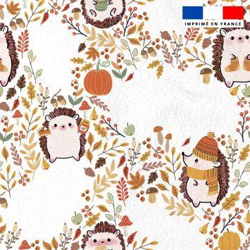 Polaire blanche motif hérisson et feuilles d'automne