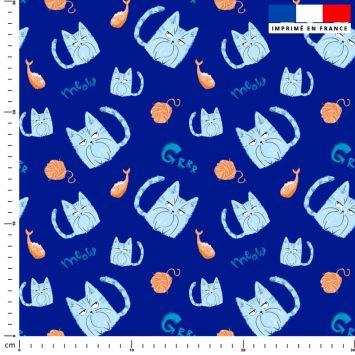 Chat bleu pelote - Fond bleu marine