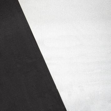 Isolant thermique envers noir