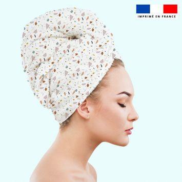 Coupon éponge pour serviette turban cheveux motif tiles blanc - Création Anne Clmt