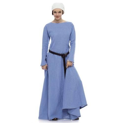 Patron N°7977 Burda historique : Robe historique Taille : 36-50