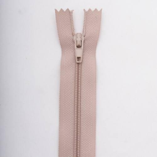 Fermeture 10 cm polyester non séparable beige Col 156
