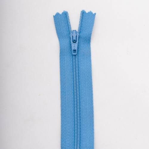 Fermeture 18cm polyester non séparable bleu col 143