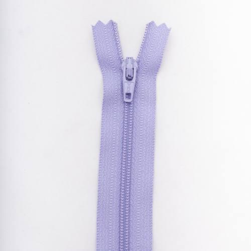 Fermeture 30 cm polyester non séparable violet Col 127