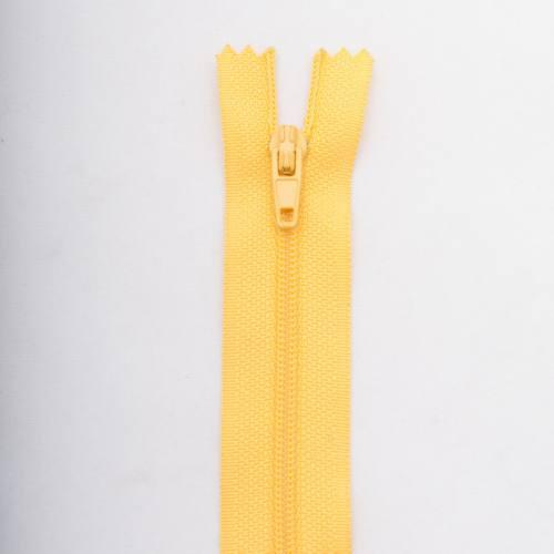 Fermeture 18 cm polyester non séparable jaune Col 104
