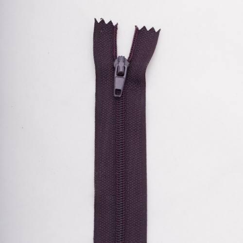 Fermeture 25 cm polyester non séparable violet col 181