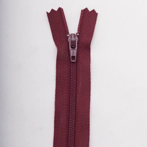 Fermeture 30 cm polyester non séparable bordeaux Col 116