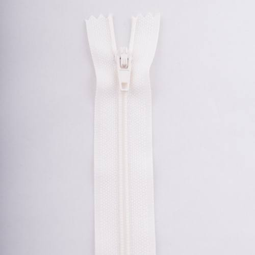 Fermeture 18 cm polyester non séparable écru col 154