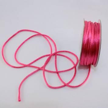 Cordelette en bobine rose foncé 2 mm