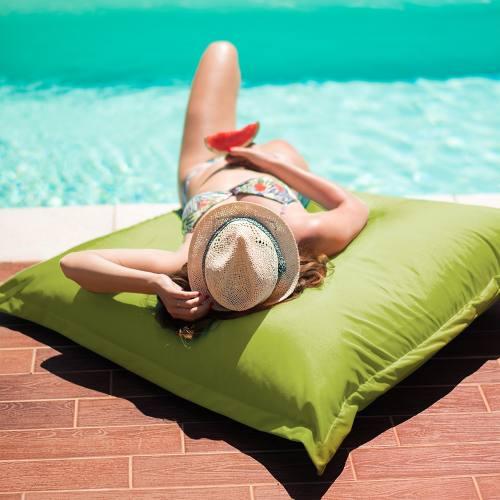 tissu imperm able pour un ext rieur comme neuf. Black Bedroom Furniture Sets. Home Design Ideas